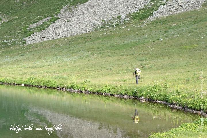 En route vers le refuge Rabuons en longeant les lacs de Vens © Sébastien TORCHIO, www.Annecy.Photo