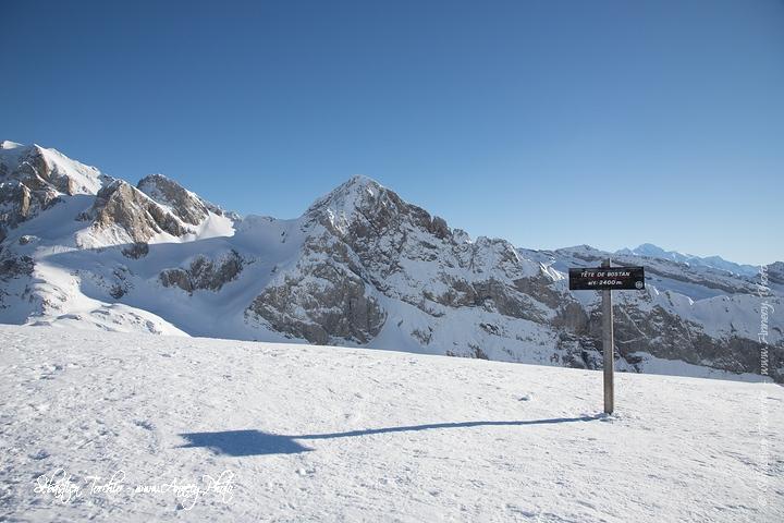 Ski de Randonnée à la Tête de Bostan © Sébastien TORCHIO, www.Annecy.Photo