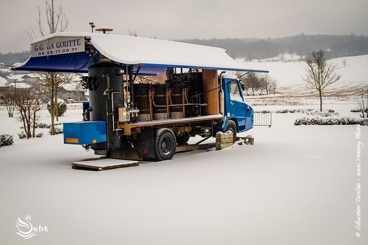 L'alambic de GG la Goutte sous la neige @ Sébastien TORCHIO, www.Annecy.Photo