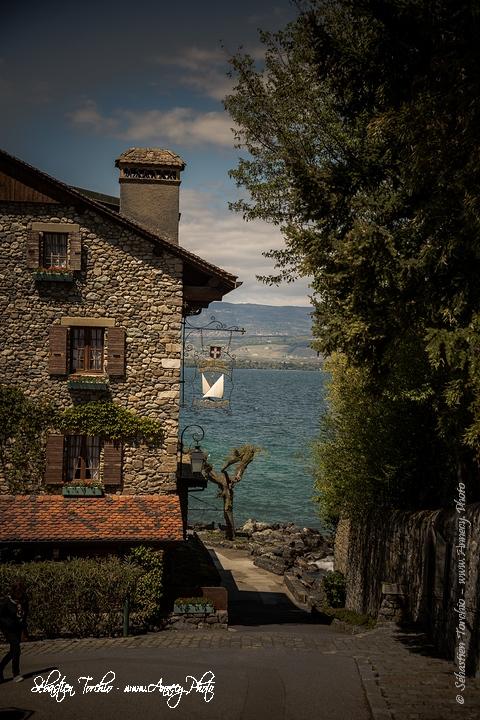Cité médiéval d'Yvoire sur le Lac Léman © Sébastien TORCHIO, www.Annecy.Photo