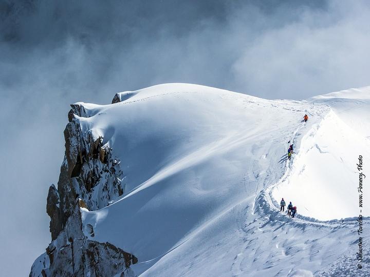 Arête de L'Aiguille du Midi à Chamonix - © Sébastien TORCHIO
