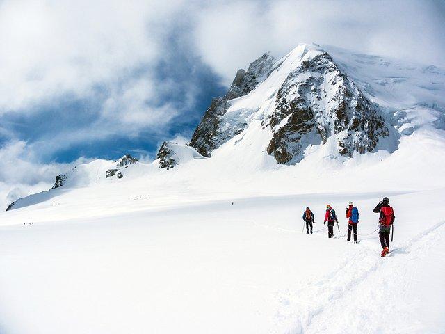 Arpenter la Vallée Blanche © Sébastien TORCHIO