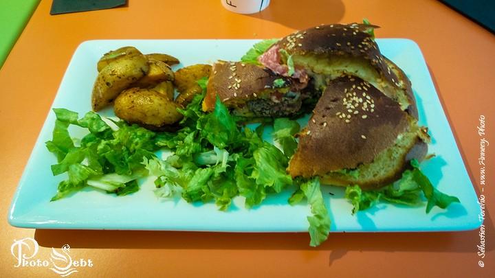 Les hamburgers de l'Heure Tourne - © Sébastien TORCHIO, www.Annecy.Photo